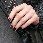 Essie Vernis à ongles Rouge 104 carry on de la marque Essie image 3 produit