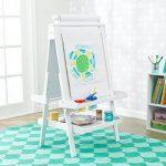KidKraft 62040 Chevalet d'artiste enfant en bois Deluxe avec rouleau de papier, incluant 2 pots à peinture refermables - coloris blanc de la marque KidKraft image 4 produit
