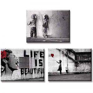 Piy Painting Impression sur Toile de Fille avec Ballon Rouge La Vie est Belle Graffiti Garçons sur la Rue, Prêt Suspendu Peinture pour Déco Art Murale Salle de Bain Cadeau Anniversaire 3x30x40cm de la marque Piy Painting image 0 produit