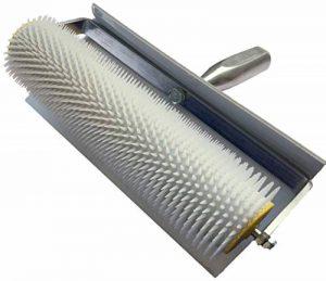 Rouleau à débulleur 50 cm 11 mm (pointes) Rouleau à pointes, 500 mm avec protection anti-éclaboussures en plastique blanc de la marque Green-Home image 0 produit